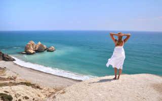 Средняя зарплата на Кипре